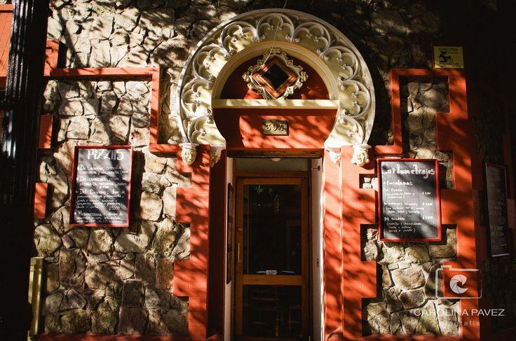 El Barrio Lastarria alberga muchos recovecos de llamativas arquitecturas, un imperdible del centro de Santiago.  #Lastarria