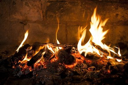 Learn how to be prepared for winter storm power outages with these reliable heating solutions like, wood stoves, wood fireplaces, pellet stoves, direct vent gas fireplaces, and more.