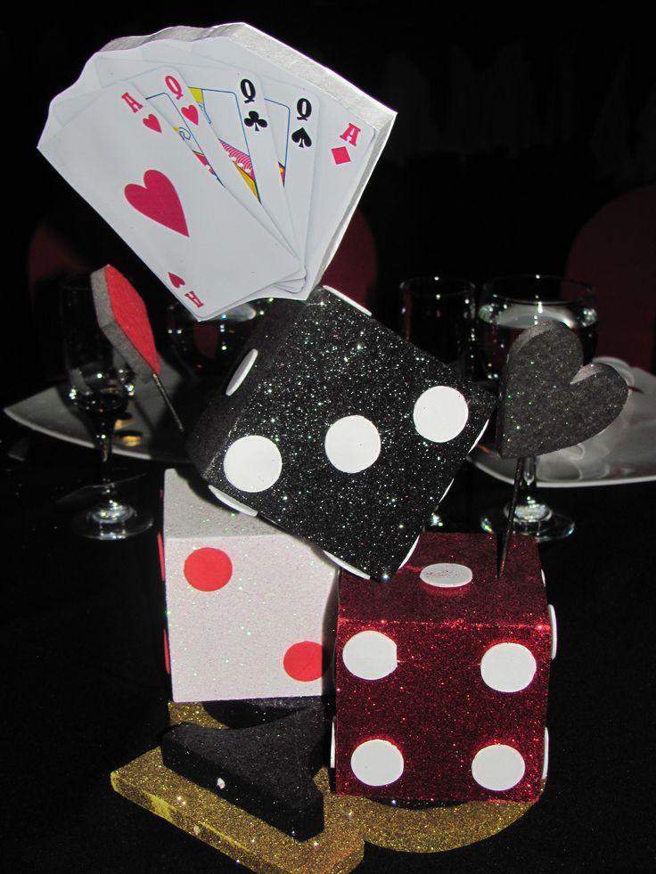 Centro de mesa 15 a os tema casino centros de mesa - Baul mesa de centro ...