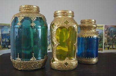moroccan lanterns from spaghetti jars - GENIUS!!!! I would love to have a pile of these for the sunroom!!: Sauces Jars, Glasses Paintings, Jars Moroccan, Spaghetti Jars, Moroccan Style, Jars Lanterns, Moroccan Lanterns, Mason Jars, Spaghetti Sauces