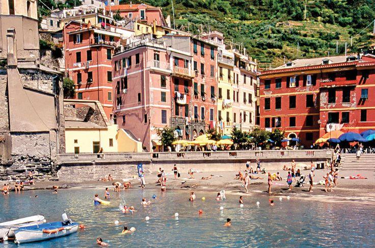 Riomaggiore, um dos cinco vilarejos de Cinque Terre, na Itália
