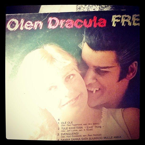 #olen #Dracula #Frederik #Halloweenmusic  #kauhu #horror #vinyl #album