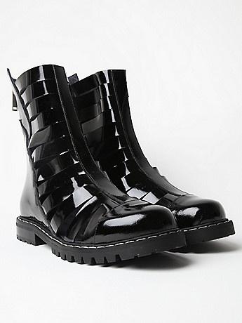 Gareth Pugh Men's Strapped Boots in black