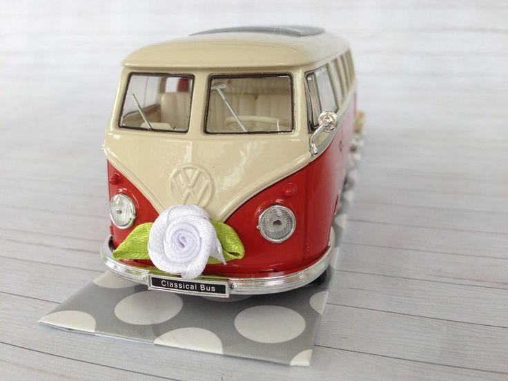Geldgeschenke - Hochzeitsauto VW Bus T1 rot/weiß - Geldgeschenk - ein Designerstück von SuessWarenLaden bei DaWanda