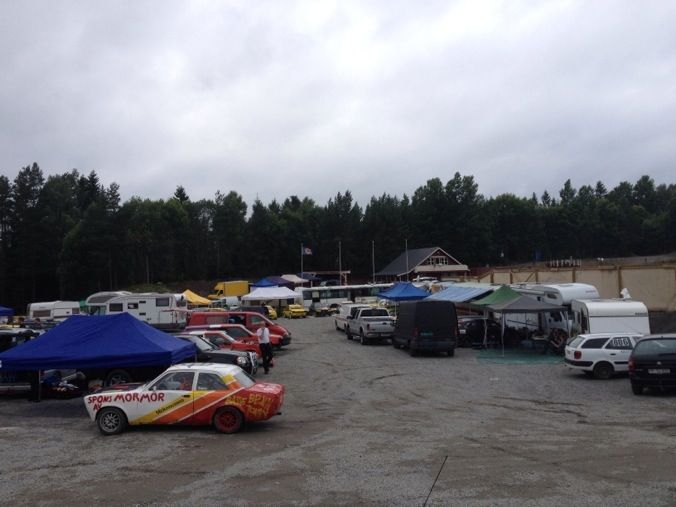 Allt begynner og bli klart på Brekka Motorbane for Sommerfestivalen