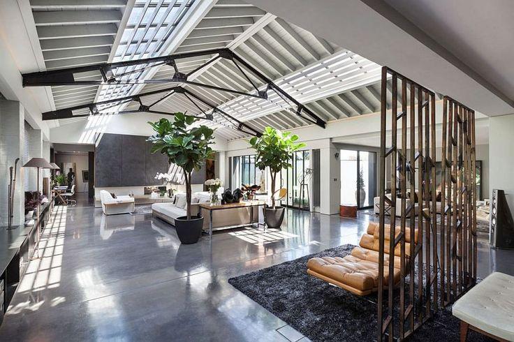 Loft style Talisman penthouse in London Talismanic Conversion: Dream Apartment in Revamped London Warehouse