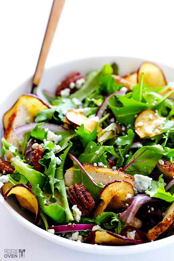 Fuji Apple Chicken Salad (Panera Bread Copycat)   gimmesomeoven.com #fall #recipe