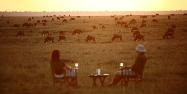 www.sunsafaris.com #Kenya  #Sundowners #Elephant #Pepper #Camp #Maasai #Mara