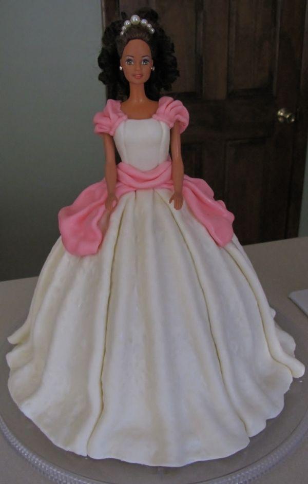it's cake,Barbie cake