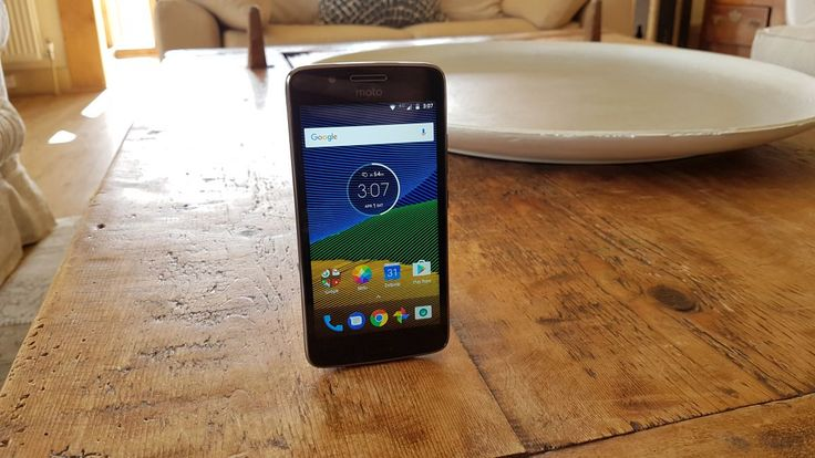 Review of Moto G5 a new model with also a good review in the Irish Independent