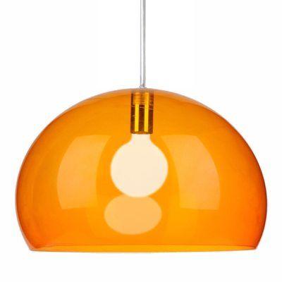 FL/Y taklampe fra Kartell, design Ferruccio Laviani.Fly er en pen lampe fra Kartell som gjør se...