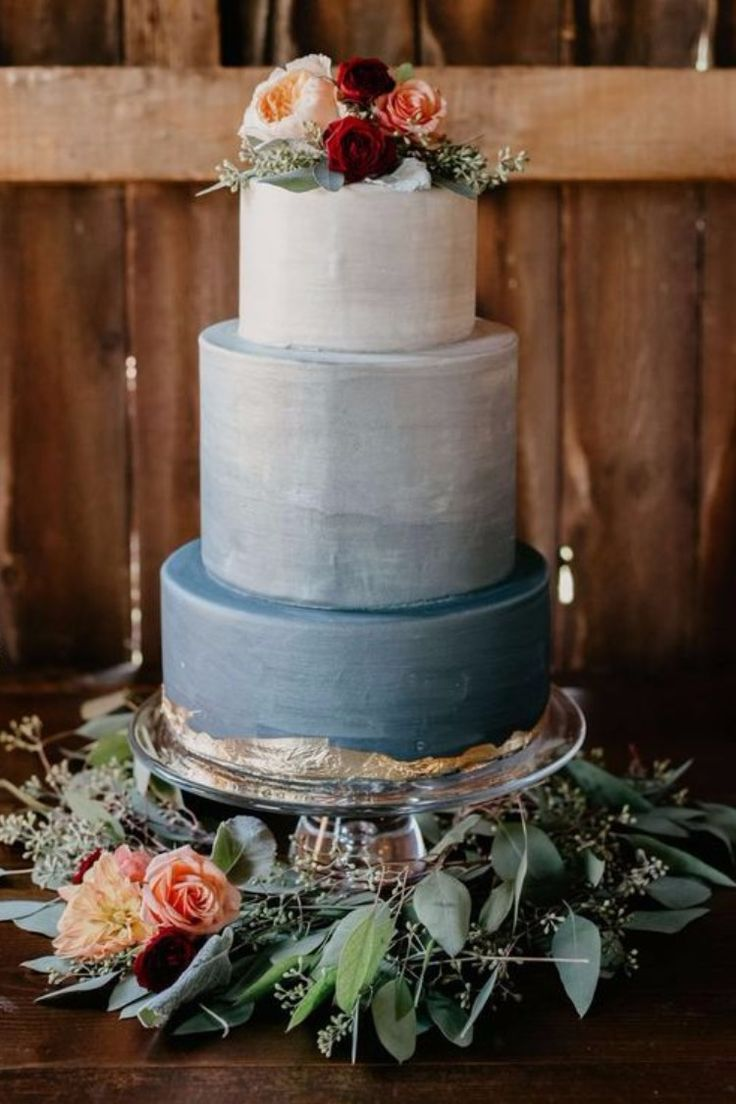 Top 10 Blue Wedding Farbpaletten – Blaue Hochzeitstorten   – Wedding Cakes