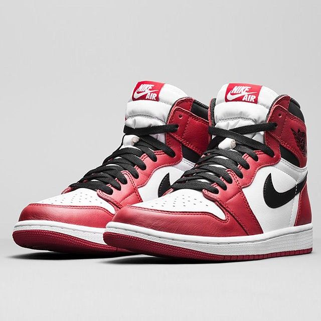 1985, 1994, 2015. Find out full release info for the Air Jordan 1