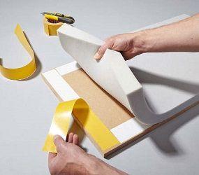 Schaumstoff für Sitzecke befestigen