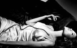 Angelina Jolie Hot photos