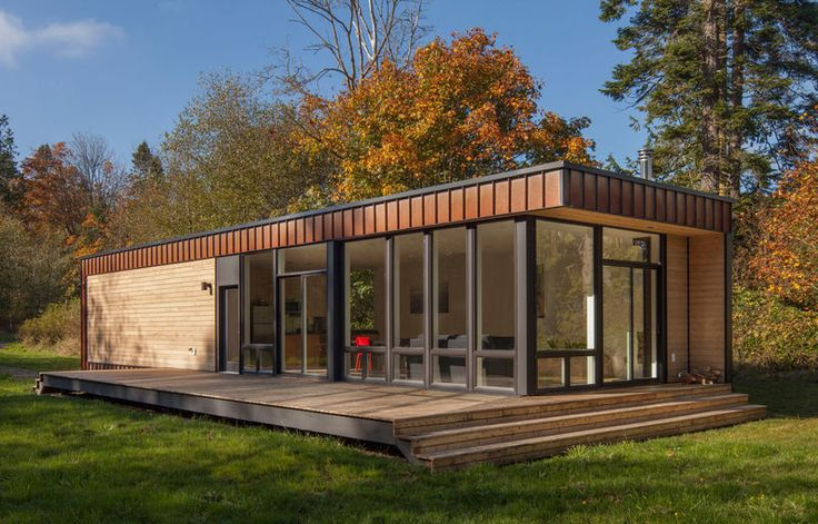Called Element 1, and designed by Chris Pardo, this small prefab house is the latest edition to Method Home's already extensive portfolio prefabricated houses. Description from humble-homes.com. I searched for this on bing.com/images