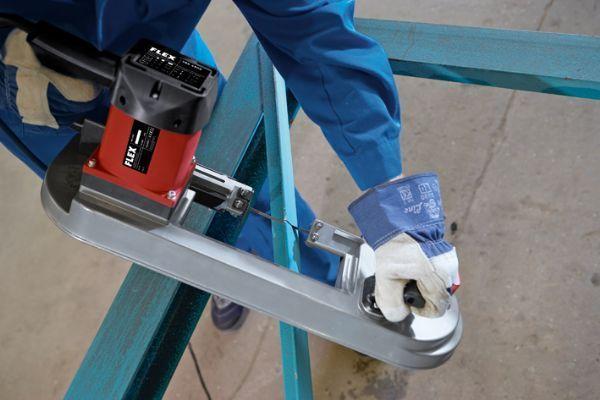 Şerit testere makinası FLEX SBG 4910 profesyonel şerit testeredir.  #flex #machine #insaat #innovative #technology #teknoloji #turkey #cutting #kesme #makineler #perfect #tadilat #elektronik #saw #testere #kesmek #atlas #professional #profesyonel #yenilik #usta #master    http://www.ozkardeslermakina.com/urun/serit-testere-flex-sbg-4910-elektronik/