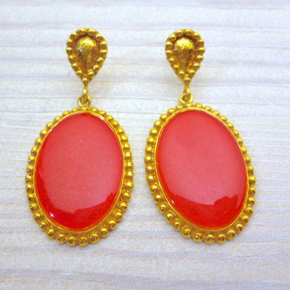 Hey, I found this really awesome Etsy listing at https://www.etsy.com/listing/269979264/vintage-style-earrings-coral-earrings