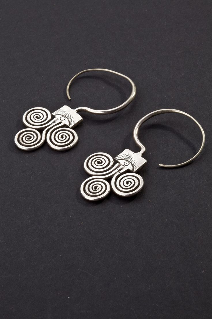 Earrings Guizhou, China First half 1900 Engraved silver Ethnic Jewels