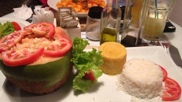 Morro de São Paulo oferece uma variedade enorme de locais para se comer bem. Você pode escolher desde comidas típicas até cozinha internacional. Claro que o carro chefe da culinária de Morro de São Paulo é a baiana, principalmente porque Morro de São Paulo está localizado na Costa do Dendê. Veja então nossa lista de onde comer em Morro de SãoPaulo!
