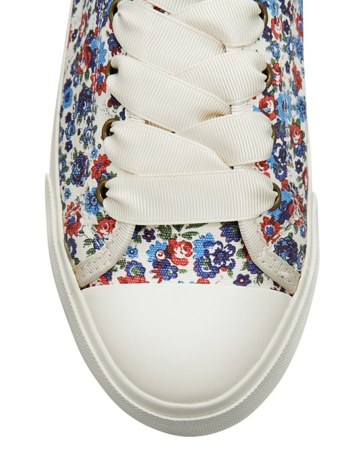 Think Plain White Tee and These Beautiful Spring Shoes!