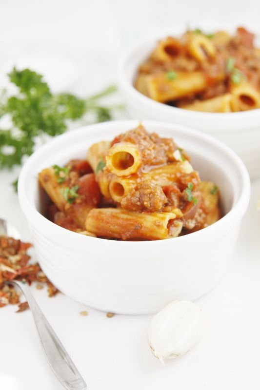 Weeknight Meat Sauce with Rigatoni   bell'alimento