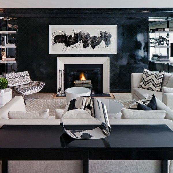 schicke-Wohnzimmer-einrichten-feuerstelle-leder-sofa-wand