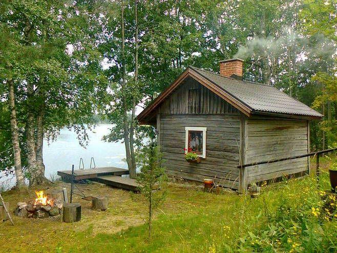 Karelian granny's hand-carved sauna in Hauho. - Karjalan mummon käsin veistetty hirsisauna Hauholl... - Ilta-Sanomat