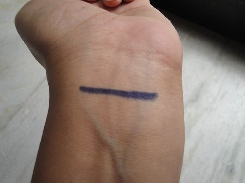 #bourjois #khol #contour #eyeliner #pencil #bleugraphique #review #price and details on the blog #swatch