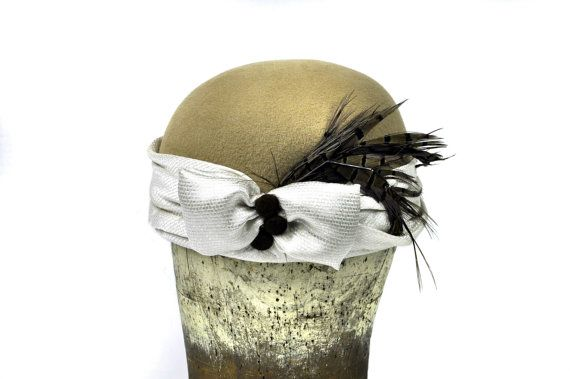Greta Wool Felt Hat in Beige by SOHODA on Etsy