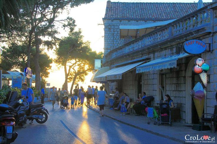 Droga do promenady w Cavtacie || http://crolove.pl/cavtat-spokojne-i-urokliwe-miasteczko-w-poludniowej-dalmacji/ || #Cavtat #Dubrownik #Chorwacja #Croatia