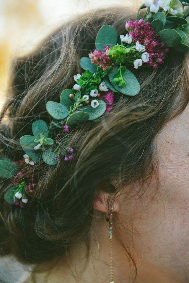 couronne de fleurs DIY mariage avec Hortensias et eucalyptus