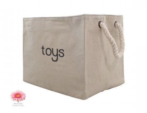 Customize these roomy jute bins any way you like! They are great for the classroom, dorm, linen closet, pantry, floor, on shelves, and definitely keep one in your car! Beautiful in almost any setting including farmhouse and rustic.  - monogram or first name - family name - name of contents - upstairs or downstairs - pets name - homework - dog toys - blocks, animals, cars ( to organize toys)  Sturdy construction with rope handles for easy carry. Lined with cotton inside. Bins stand alone…