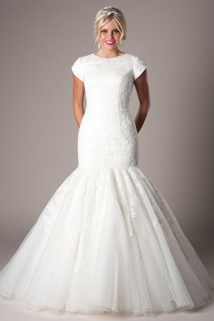84 best IN STOCK Bridal Gowns images on Pinterest | Wedding frocks ...