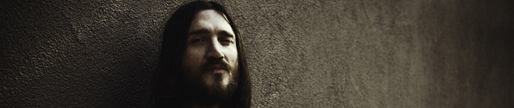 "John Frusciante: Free download of the Unreleased song ""Here, Air""!"