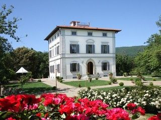 Beautiful Villa in Chianti, great views, A/C , pool, Gaiole in Chianti area   Vacation Rental in Gaiole in Chianti from @homeaway! #vacation #rental #travel #homeaway BETTER IF WE HAD LARGER GROUP