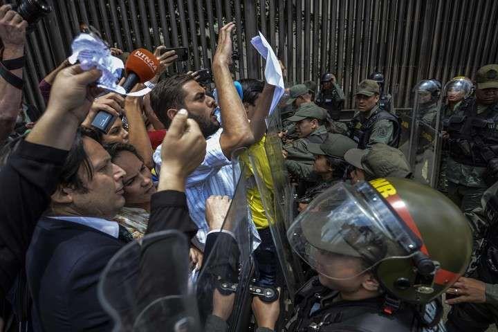 """Condena de Estados Unidos: """"Lo que pasó en Venezuela es un grave revés para la democracia"""""""