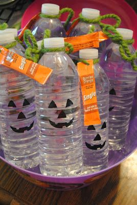 cute water bottle treats. Treats for the students in my children's class, better than candy and nut free :)