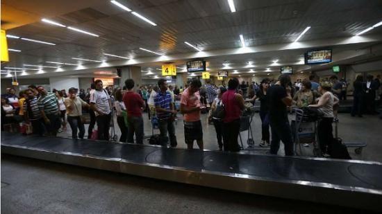 Regras da alfandega para produtos importados confundem os turistas