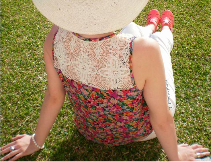http://lilirodriguespassionfruit.blogspot.pt/  http://www.hoodboyz.co.uk/vero-moda/women/