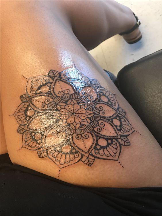 23 besten tatoos bilder auf pinterest mandala tattoo. Black Bedroom Furniture Sets. Home Design Ideas