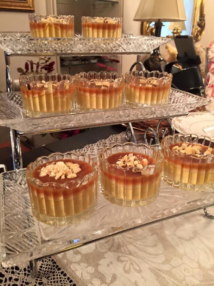 Davetlerin en keyifli bölümü tatlılardır.. Merakla beklenir ve büyük bir keyifle yenir..Bizimde bu haftaki davetimizin tatlılarından biri...