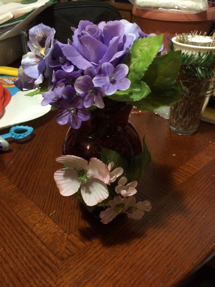 Potpourri flower vase.
