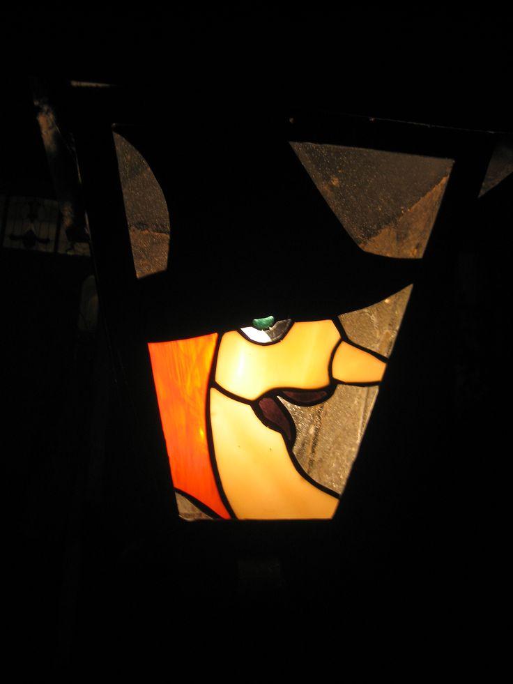 lampadaire devant la maison