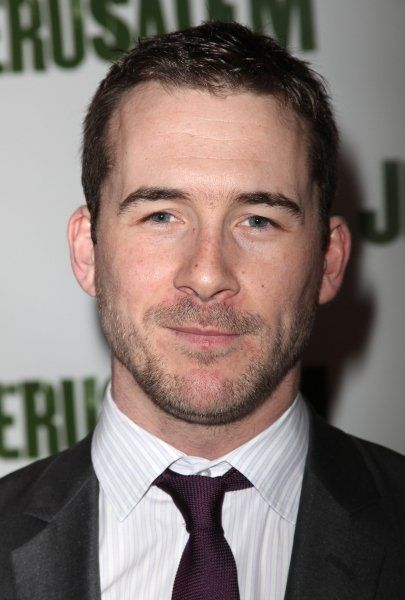 """Barry Sloane """"Aiden"""" from Revenge... I think he should be the next Bond"""