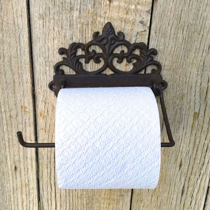 die besten 25 klopapierhalter ideen auf pinterest rustikale toilettenpapierhalter. Black Bedroom Furniture Sets. Home Design Ideas