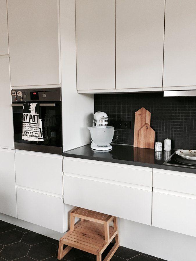 die besten 25 schemel ideen auf pinterest schemel holz skandinavisches schuhregal und. Black Bedroom Furniture Sets. Home Design Ideas