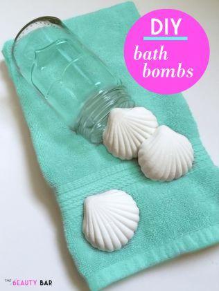 自分で作る手作りのバスボム作品集・かわいい型の入浴剤!海で取れる貝殻の型を使った、海らしい清楚なバスボム。