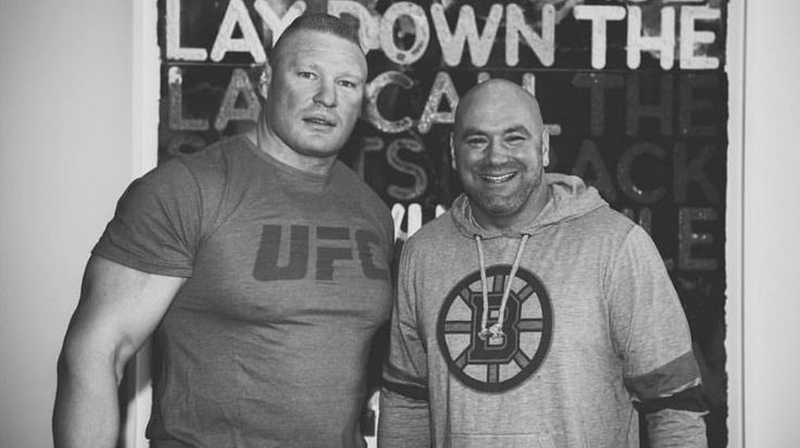 During the last weeks, there has been much speculation about the renewal of Brock Lesnar with WWE and the possibility that he will return to the UFC for one more match. Dana White, president of UFC took advantage of the celebration of Elimination Chamber to stoke the rumors by publishing a photograph on Twitter in which she appears with Brock Lesnar posing for the camera.   pic.twitter.   ##WWE #BrockLesnar #DanaWhite #JonJones #UFC #USADA #WrestlingNews
