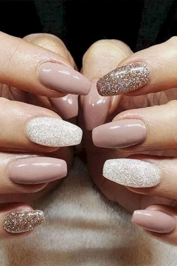 38 Cool Winter Nail Art Design for Women Elegant